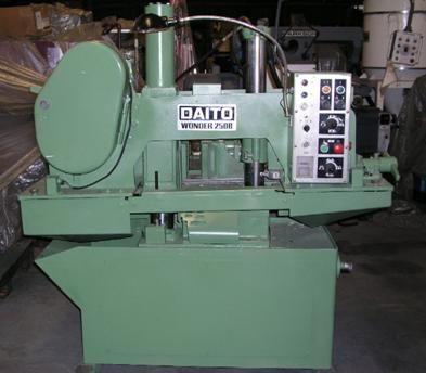 Daito 250B Horizontal Bandsaw semi automatic