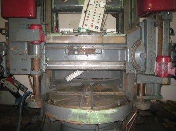 TOS SK12 Vertical turret borer column