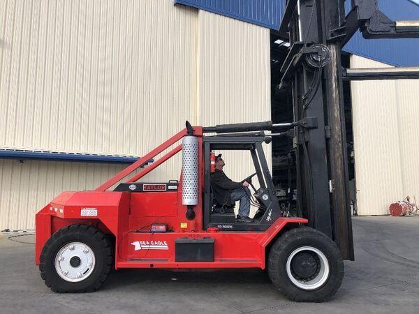 Taylor Taylor marine forklift TSE-120 19,500 lbs