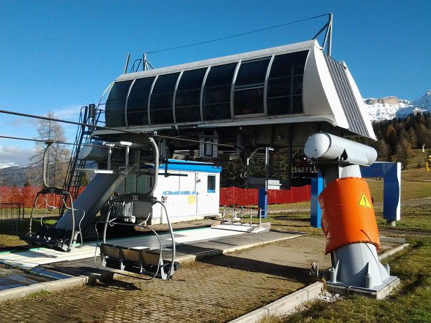 Poma chairlift 4-CLF