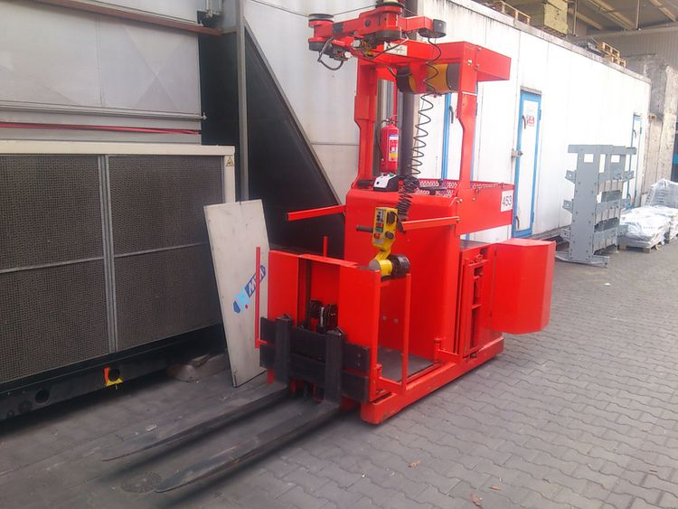 Ormic OPR  10-15 1000 kg Forklift with POY manipulator