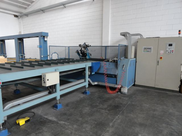 Others Fabric roll cutting machine