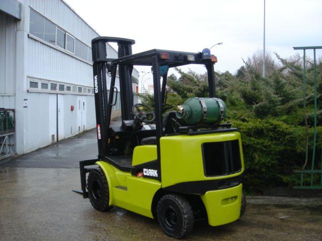 Clark CGP25H LP Gas Forklift 2,500 kg
