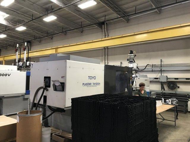 Toyo Injection Molding Machine 500 Ton