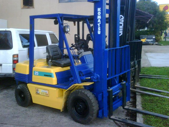 Komatsu Diesel Used Forklift 2.5 Tonne