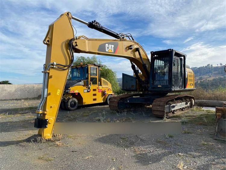 Caterpillar 326FL Tracked Excavator