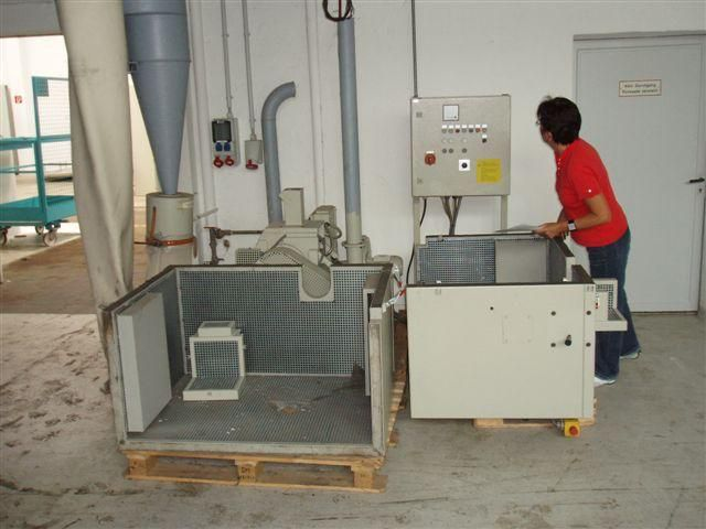 Dreher Mill for grinding of polymer