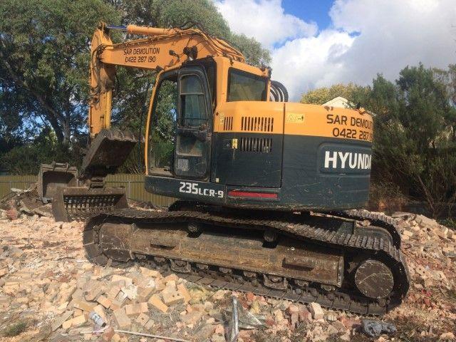 Hyundai R235LCR-9 Excavator