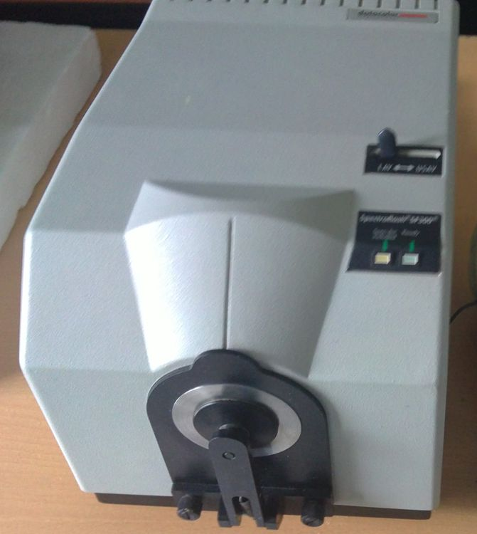 Datacolor SF300 Spectrophotometer