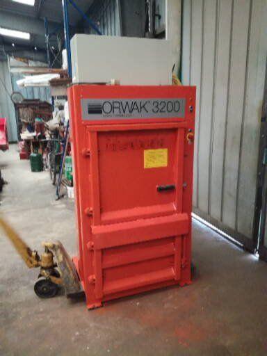 Orwak 3200 press